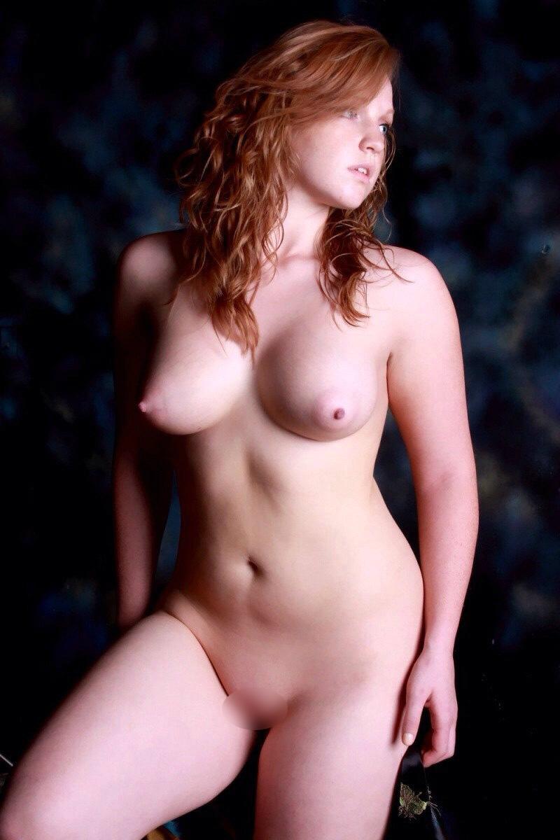 美巨乳白人エロ画像 (18)