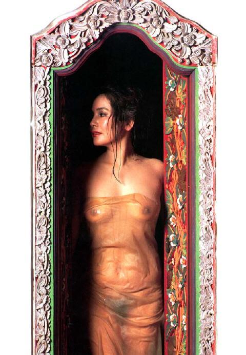デヴィ夫人エロ画像 (8)