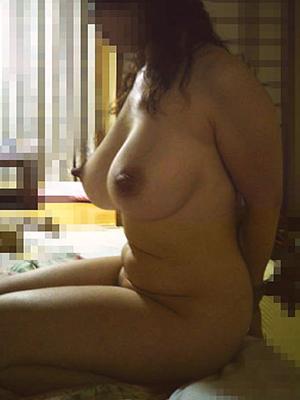 【素人】おばさんになっても毎日ヤられまくってそうな巨乳熟女のエロ画像