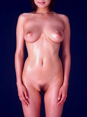 直立全裸ヌード