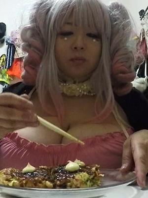 【画像】Pカップ巨乳アイドル星間美佳さん(34)の私生活をご覧ください。