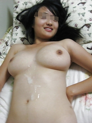 【画像】巨乳の彼女とエッチした男、とんでもない量の精液を射精する・・・(素人投稿)